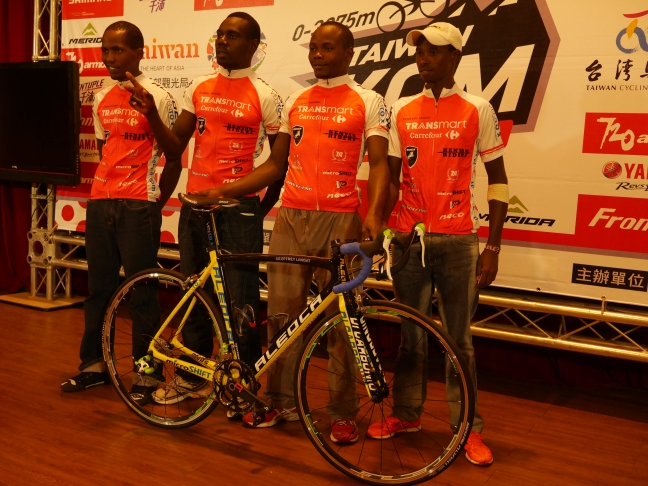 the Kenyan Riders team