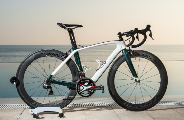 Cav's Sparkly Speedster (without handlebar streamers in this pic, though they will be attached for San Remo)
