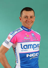 Ale, left red-faced in his pink kit